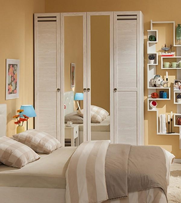 Шкаф для одежды и белья Бриз 555