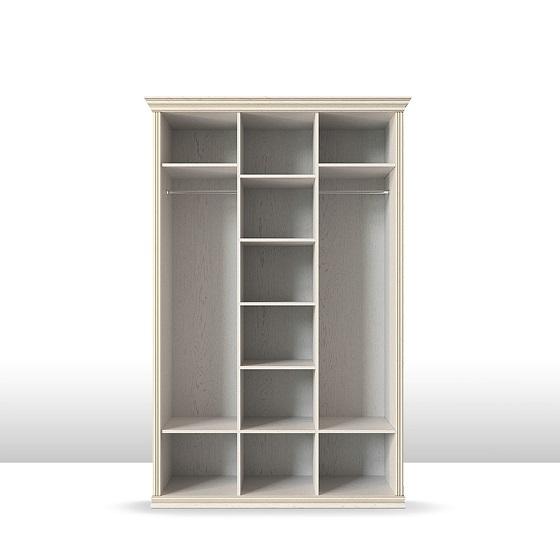 Шкаф трехдверный Венето (корпус)